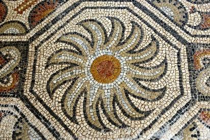 •Romeinse mozaïeken van Séviac © Patrice THEBAULT – CRT Midi-Pyrénées