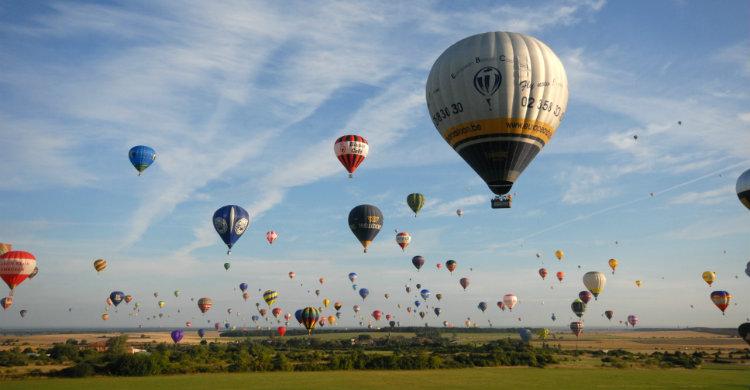 54-chambley-mab-2009-montgolfieres-12-m-laurent.jpg