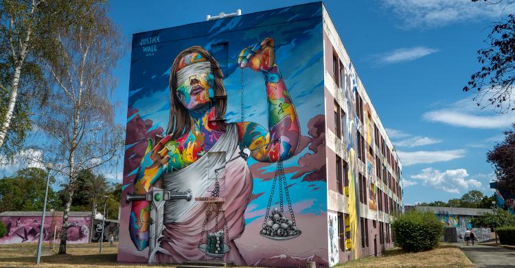 1._street_art_city.png