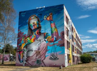 Beschilderde muur in Street Art City